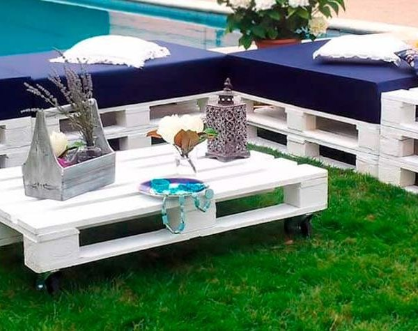 Conjunto de muebles hechos con palets chill out blanco decopale com - Muebles chill out ...